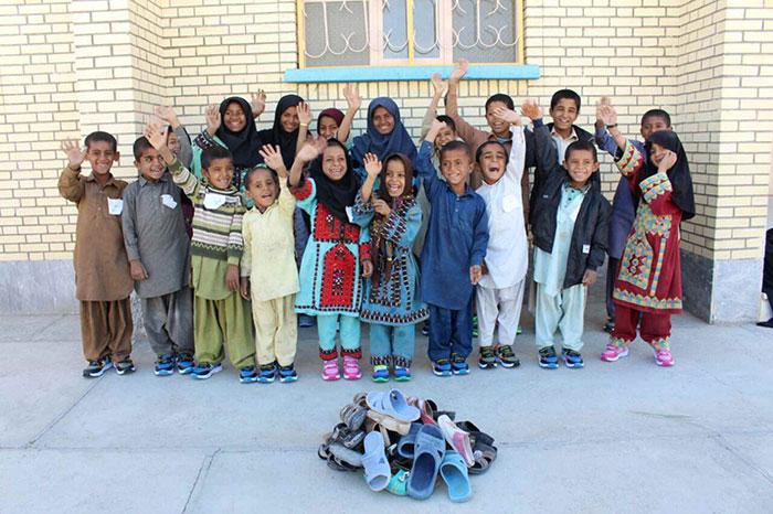 تهیه وسایل مدرسه برای دانش آموزان