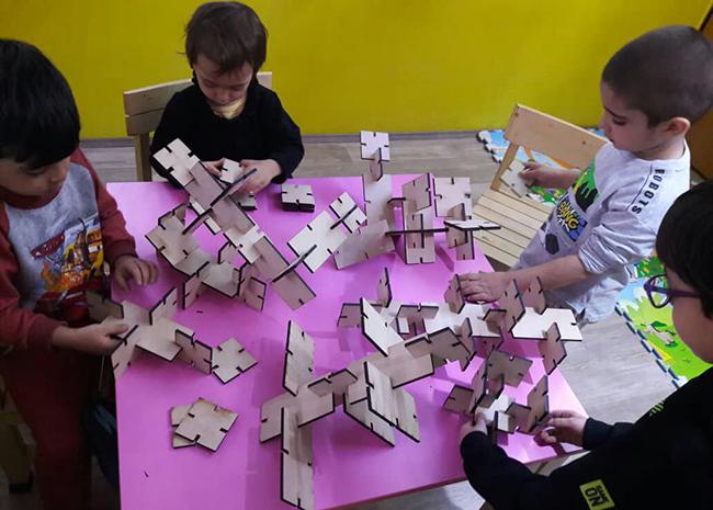 پرورش فکر کودکان با آموزش