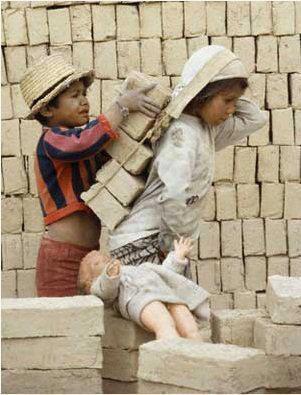 توجه به ارزش و کرامت فقرا